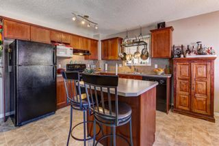 Photo 3: 115 COVEPARK Drive NE in Calgary: Country Hills Detached for sale : MLS®# A1071708