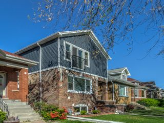 Main Photo: 7734 W Sunset Drive: Elmwood Park Residential for sale ()  : MLS®# 11086690
