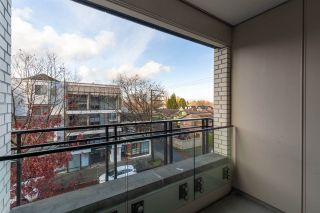 """Photo 23: 311 2468 BAYSWATER Street in Vancouver: Kitsilano Condo for sale in """"The Bayswater"""" (Vancouver West)  : MLS®# R2518860"""