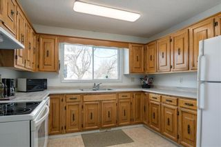 Photo 2: 489 St Joseph Avenue West in St Pierre-Jolys: R17 Residential for sale : MLS®# 202007491