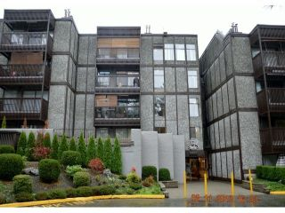 """Main Photo: 409 9672 134TH Street in Surrey: Whalley Condo for sale in """"DOGWOOD"""" (North Surrey)  : MLS®# F1403404"""