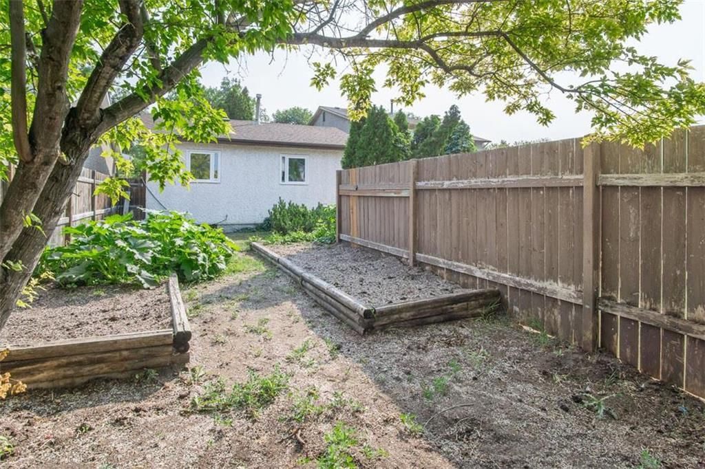 Photo 31: Photos: 31 Lamirande Place in Winnipeg: Richmond Lakes Residential for sale (1Q)  : MLS®# 202119515