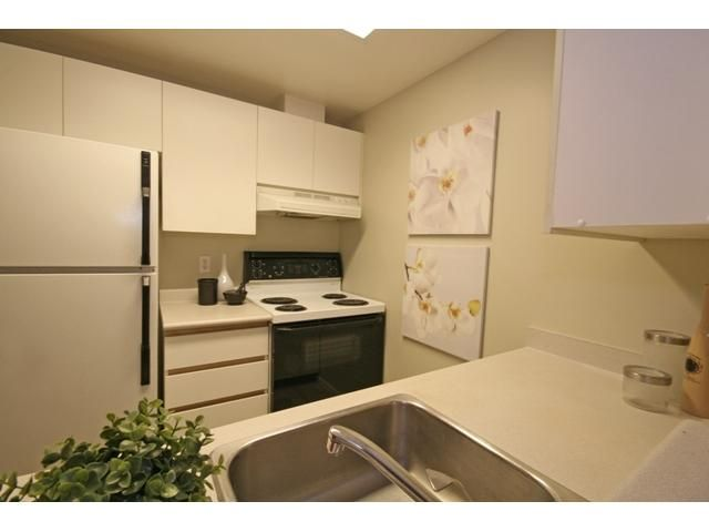 """Photo 6: Photos: 1407 811 HELMCKEN Street in Vancouver: Downtown VW Condo for sale in """"IMPERIAL TOWER"""" (Vancouver West)  : MLS®# V990831"""