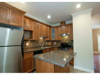 """Photo 2: 21 19219 67 Avenue in Surrey: Clayton Townhouse for sale in """"Balmoral"""" (Cloverdale)  : MLS®# F1318310"""