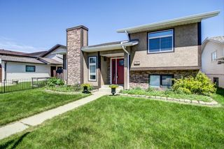 Photo 3: 148 VENTURA Way NE in Calgary: Vista Heights Detached for sale : MLS®# A1052725