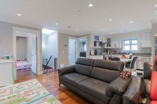 Photo 4: 2353 E 41ST Avenue in Vancouver: Collingwood VE House for sale (Vancouver East)  : MLS®# R2616177