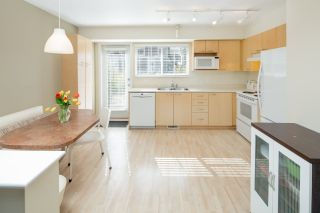 """Photo 3: 6 12778 66 Avenue in Surrey: West Newton Townhouse for sale in """"Hathaway Village"""" : MLS®# R2248579"""