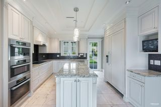 Photo 9: 2111 OTTAWA Avenue in West Vancouver: Dundarave House for sale : MLS®# R2611555