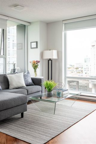Photo 17: 1602 583 BEACH CRESCENT in Vancouver: Yaletown Condo for sale (Vancouver West)  : MLS®# R2610610