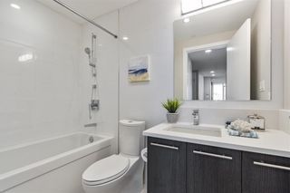 """Photo 15: W305 677 W 41ST Avenue in Vancouver: Oakridge VW Condo for sale in """"41 West"""" (Vancouver West)  : MLS®# R2605718"""