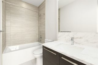 """Photo 10: 4102 6383 MCKAY Avenue in Burnaby: Metrotown Condo for sale in """"GOLD HOUSE at Metrotown"""" (Burnaby South)  : MLS®# R2593177"""