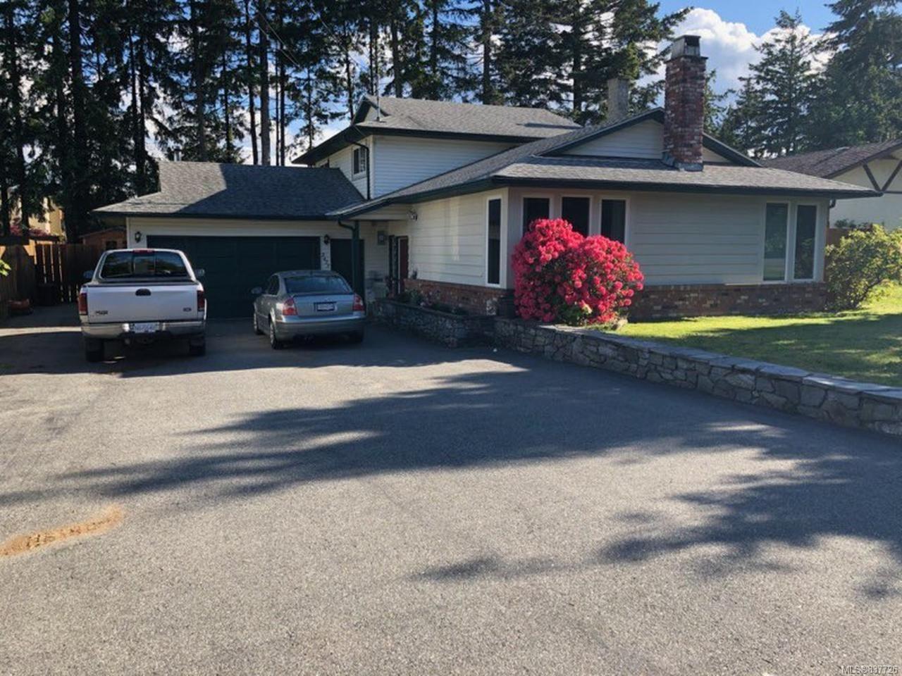 Main Photo: 2477 Divot Dr in NANAIMO: Na Departure Bay House for sale (Nanaimo)  : MLS®# 837726