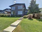 Main Photo: 8923 Strathearn Drive in Edmonton: Zone 18 House for sale : MLS®# E4266577