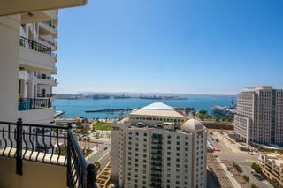 Photo 5: Condo for rent : 2 bedrooms : 700 W Harbor Dr #2101 in San Diego
