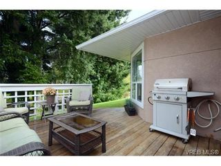 Photo 3: 35 3049 Brittany Dr in VICTORIA: Co Sun Ridge Row/Townhouse for sale (Colwood)  : MLS®# 683603