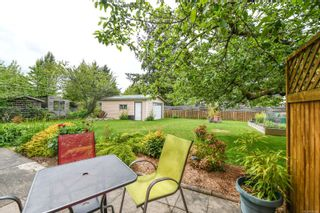 Photo 2: 2045 Willemar Ave in : CV Courtenay City House for sale (Comox Valley)  : MLS®# 876370