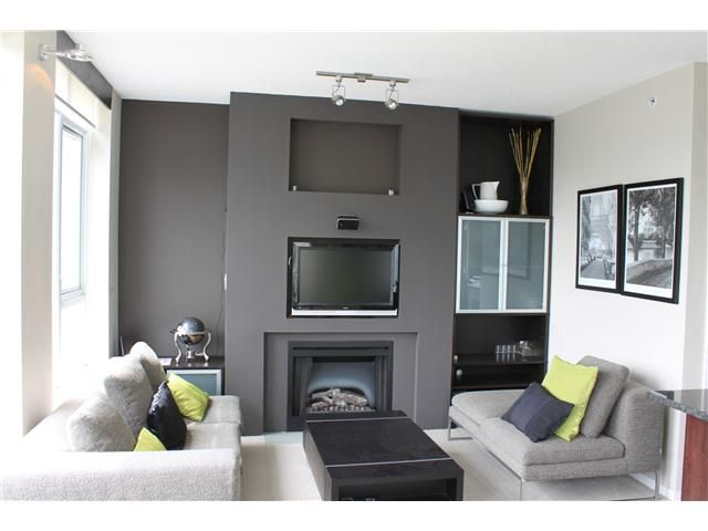 """Main Photo: 2103 1001 HOMER Street in Vancouver: Downtown VW Condo for sale in """"The Bentley"""" (Vancouver West)  : MLS®# V860604"""