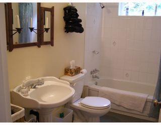 Photo 5: 7977 EASTWOOD Road in No_City_Value: Pender Harbour Egmont House for sale (Sunshine Coast)  : MLS®# V713709
