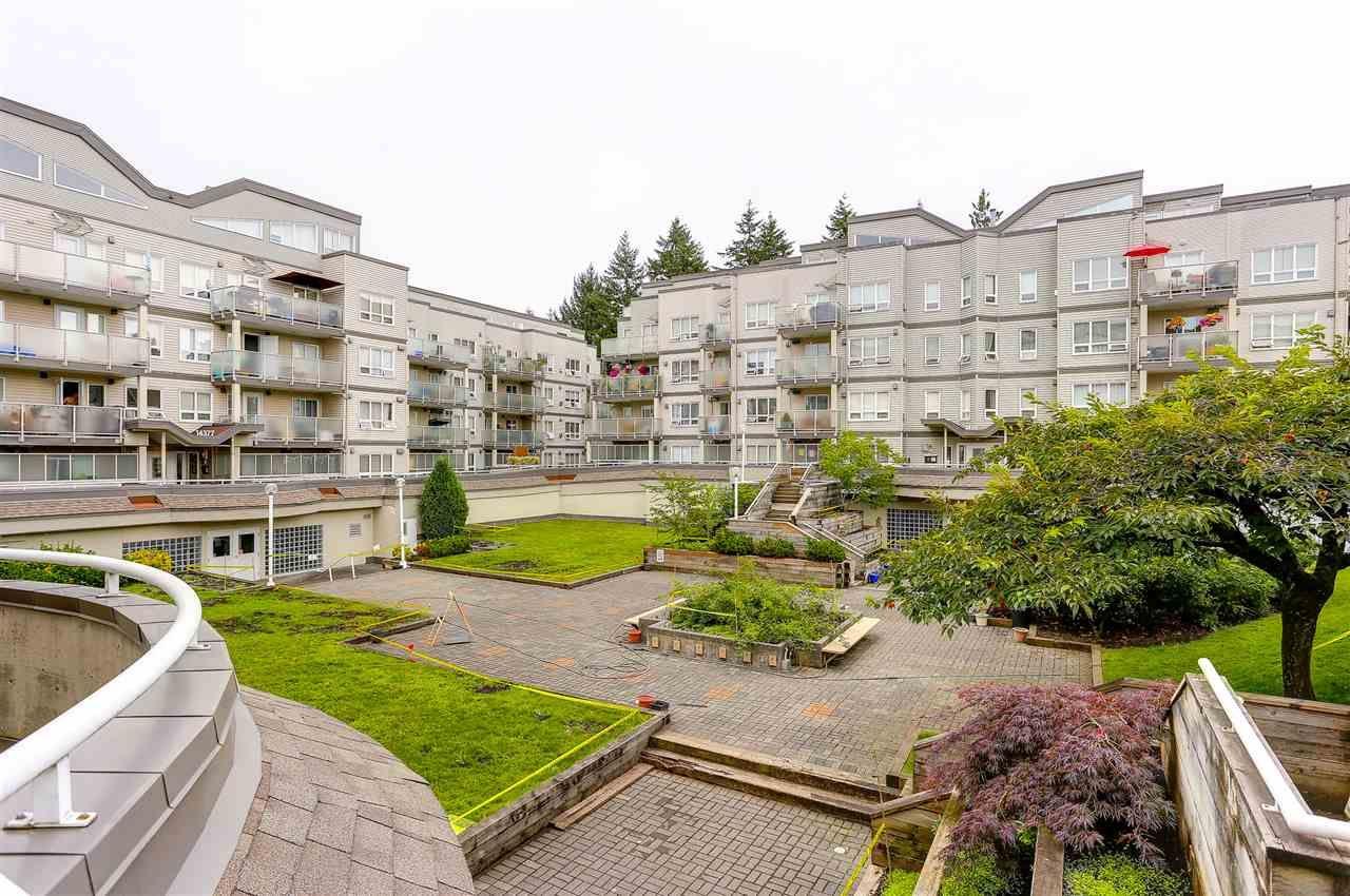 "Photo 20: Photos: 402 14355 103 Avenue in Surrey: Whalley Condo for sale in ""Claridge Court"" (North Surrey)  : MLS®# R2191413"