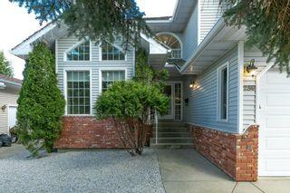 Photo 2: 259 HEAGLE Crescent in Edmonton: Zone 14 House for sale : MLS®# E4247429