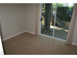 """Photo 3: 918 W 14TH Avenue in Vancouver: Fairview VW Townhouse for sale in """"Fairview Court"""" (Vancouver West)  : MLS®# V964257"""