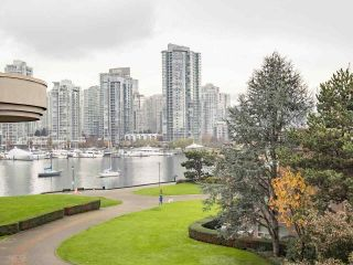 """Photo 6: 408 525 WHEELHOUSE Square in Vancouver: False Creek Condo for sale in """"HENLEY COURT"""" (Vancouver West)  : MLS®# R2123953"""
