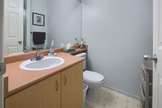 """Photo 16: 30 123 SEVENTH Street in New Westminster: Uptown NW Townhouse for sale in """"Royal City Terraces"""" : MLS®# R2052771"""