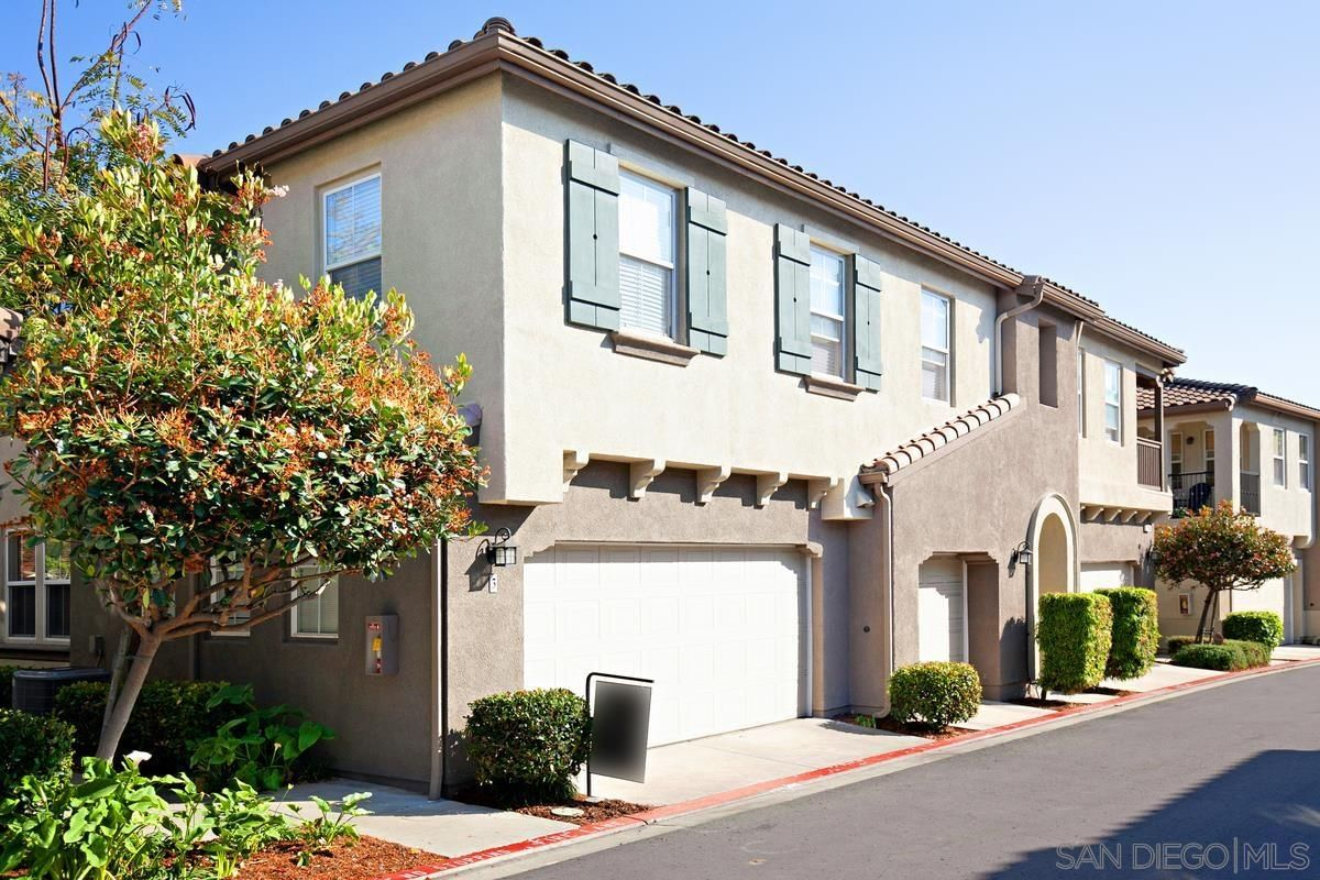 Main Photo: CHULA VISTA Townhouse for sale : 4 bedrooms : 2734 Brighton Court Rd #3