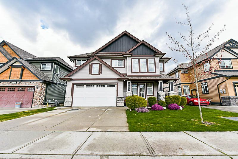 Main Photo: 32623 CARTER AVENUE in Mission: Mission BC House for sale : MLS®# R2157220