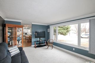 Photo 4: 294 Burke Crescent in Swift Current: South West SC Residential for sale : MLS®# SK849988
