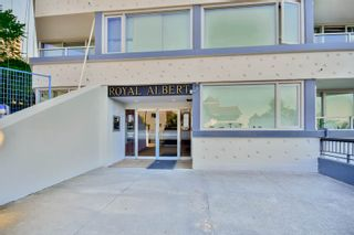 """Photo 3: 701 31 ELLIOT Street in New Westminster: Downtown NW Condo for sale in """"ROYAL ALBERT TOWER"""" : MLS®# R2065597"""
