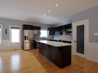 Photo 5: 425 5th Avenue in Oakville: House for sale : MLS®# 202101468
