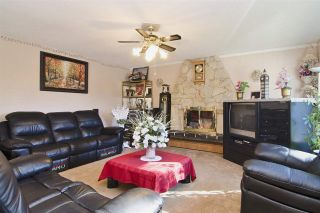 Photo 4: 438 E BRAEMAR Road in North Vancouver: Upper Lonsdale House for sale : MLS®# R2100624