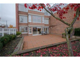 Photo 1: 206 2103 W 45th Avenue in Vancouver: Kerrisdale Condo for sale (Vancouver West)  : MLS®# V1035439