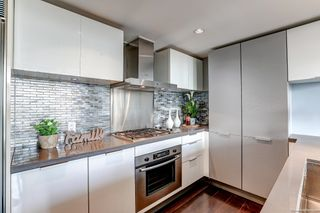 """Photo 4: 2108 788 RICHARDS Street in Vancouver: Downtown VW Condo for sale in """"L'HERMITAGE"""" (Vancouver West)  : MLS®# R2618878"""