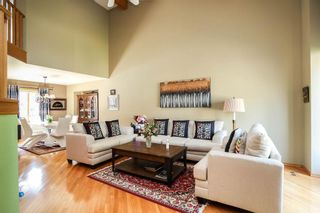 Photo 2: 69 Sammons Crescent in Winnipeg: Charleswood Residential for sale (1G)  : MLS®# 202116723