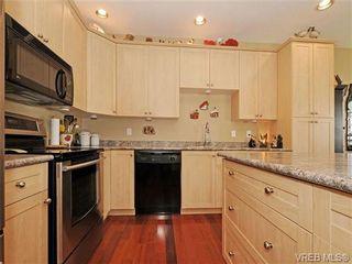 Photo 10: 8 5164 Cordova Bay Rd in VICTORIA: SE Cordova Bay Row/Townhouse for sale (Saanich East)  : MLS®# 704270