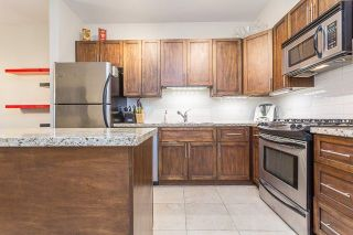 """Photo 3: 105 3895 SANDELL Street in Burnaby: Central Park BS Condo for sale in """"CLARKE HOUSE"""" (Burnaby South)  : MLS®# R2233846"""