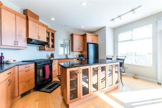 """Photo 3: 112 2979 PANORAMA Drive in Coquitlam: Westwood Plateau Townhouse for sale in """"DEERCREST"""" : MLS®# R2109374"""
