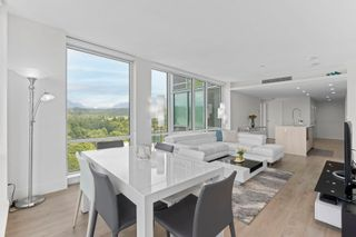 """Photo 4: 1907 680 SEYLYNN Crescent in North Vancouver: Lynnmour Condo for sale in """"Compass at Seylynn Village"""" : MLS®# R2595241"""