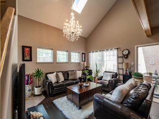 Main Photo: 901 1997 Sirocco Drive SW in Calgary: Signal Hill Row/Townhouse for sale : MLS®# A1119075