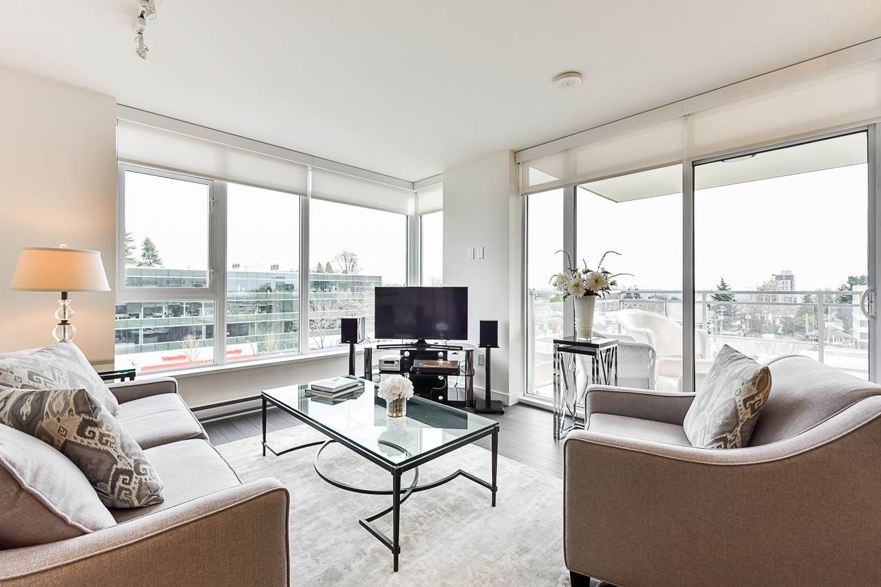 Main Photo: 701 608 BELMONT STREET in New Westminster: Uptown NW Condo for sale : MLS®# R2522170