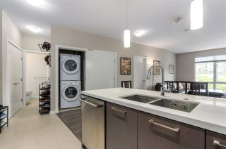 """Photo 3: 208 20 E ROYAL Avenue in New Westminster: Fraserview NW Condo for sale in """"LOOKOUT"""" : MLS®# R2537141"""