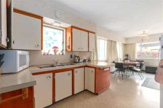 """Photo 8: 2836 E 23RD Avenue in Vancouver: Renfrew Heights House for sale in """"RENFREW HEIGHTS"""" (Vancouver East)  : MLS®# R2375942"""