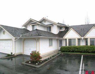 """Photo 1: 73 8737 212TH ST in Langley: Walnut Grove Townhouse for sale in """"Chartwell Green"""" : MLS®# F2603953"""