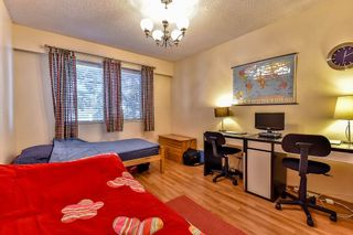 """Photo 14: 206 1554 GEORGE Street: White Rock Condo for sale in """"The Georgian"""" (South Surrey White Rock)  : MLS®# R2052627"""