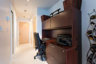 """Photo 10: 1903 969 RICHARDS Street in Vancouver: Downtown VW Condo for sale in """"MONDRIAN II"""" (Vancouver West)  : MLS®# R2026391"""