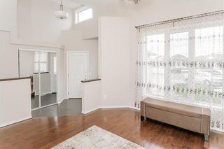 Photo 3: 27 Switch Grass Cove in Winnipeg: South Pointe Residential for sale (1R)  : MLS®# 202022891