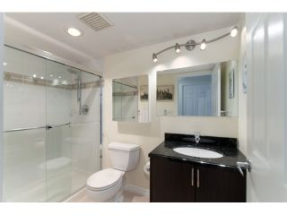 """Photo 10: 2601 1088 QUEBEC Street in Vancouver: Mount Pleasant VE Condo for sale in """"THE VICEROY"""" (Vancouver East)  : MLS®# V985091"""
