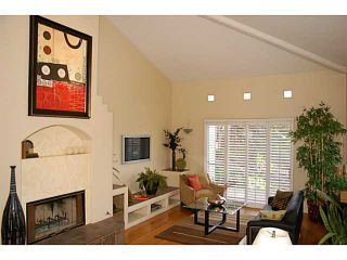 Photo 2: MISSION HILLS House for sale : 3 bedrooms : 1845 Neale Street in San Diego